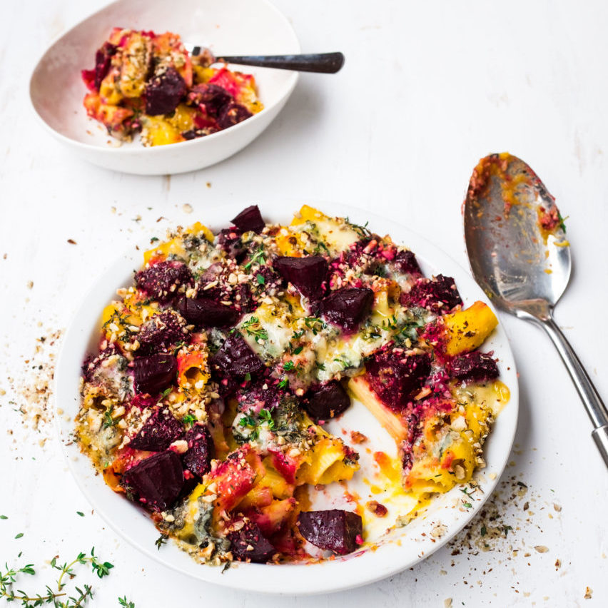 Pumpkin Beetroot and Gorgonzola Pasta Bake -3